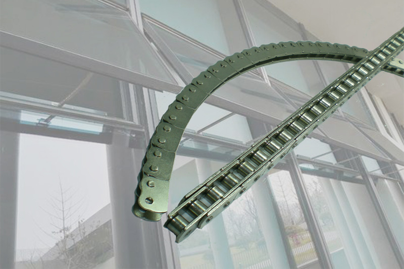 Anti-sidebow chains for automatic doors and windows